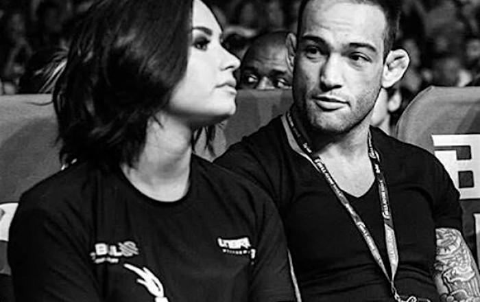 Demi Lovato estuvo en el concierto de su ex junto a su pareja