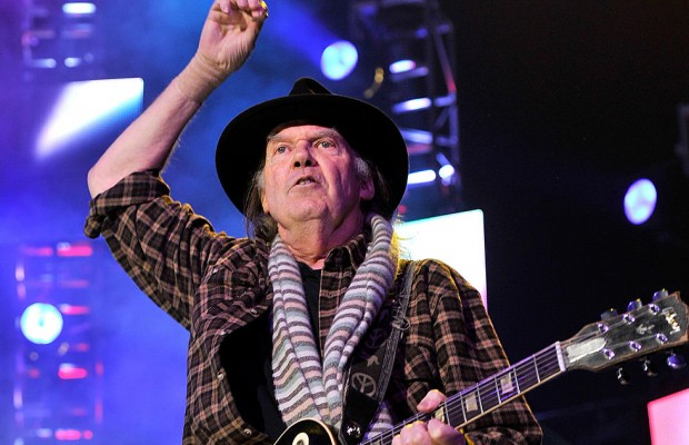 Nuevo disco de Neil Young y Crazy Horse a la vista, COLORADO